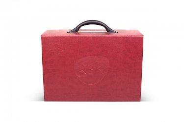 корпоративная упаковка в виде чемодана