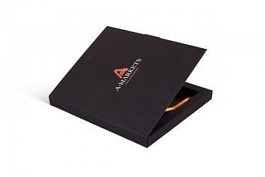 картонная коробочка подарочная