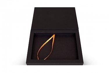 коробочка подарочная с клапаном на магните