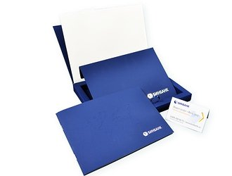 Эксклюзивная упаковка для пластиковых и дисконтных карт