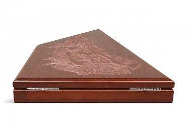 коробки деревянные с фурнитурой
