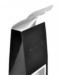 Коробочка для конфет с прозрачным окном