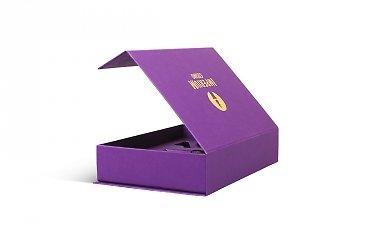 заказать коробки с тиснением