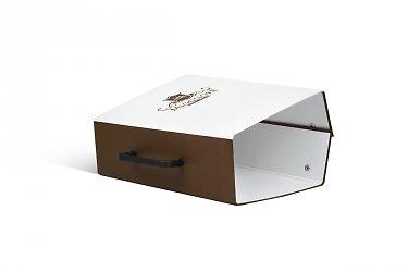 Кашированная упаковка для каталогов на заказ
