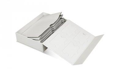 элитная упаковка с карманом-раскладушкой