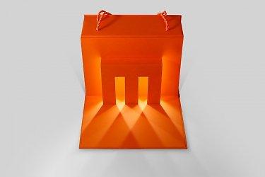 картонная упаковка с логотипом светодиодная подстветка