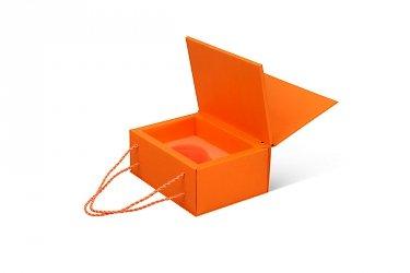 картонная упаковка с логотипом дизайнерский картон