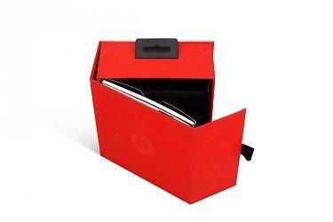 заказать упаковку с логотипом клапан на магните