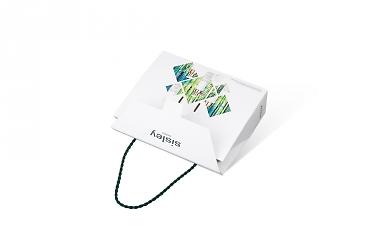 упаковка коробочки - фирменный пакет от производителя