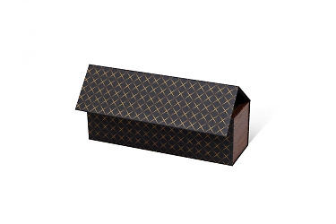 коробка с деревянными вставками