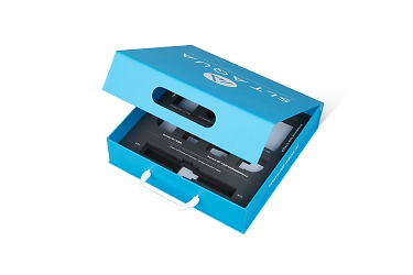Коробка с ручкой и откидной крышкой на магните