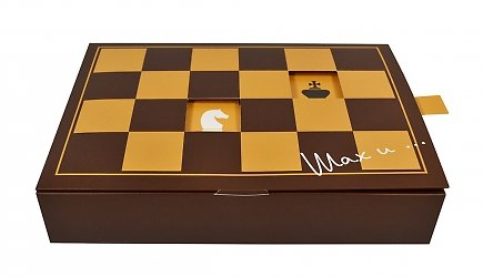 Подарочная коробка, упаковка для шоколада