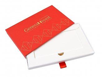Дорогая упаковка с ложементом для сертификата