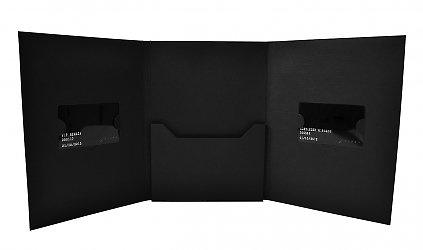 Фирменная упаковка для пластиковых карт и буклета на заказ