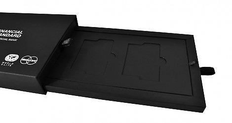 Подарочная коробочка для пластиковых карточек
