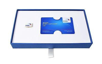 подарочная коробка для кредитной карты и значка