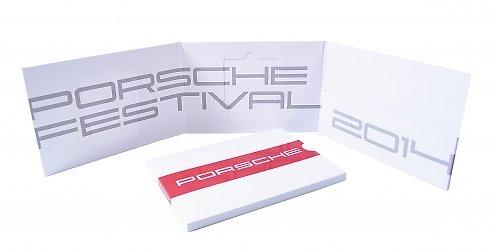 фирменная подарочная упаковка для пригласительных карт со слипкейсом