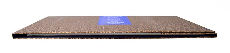 фирменная упаковка из дизайнерской бумаги на заказ