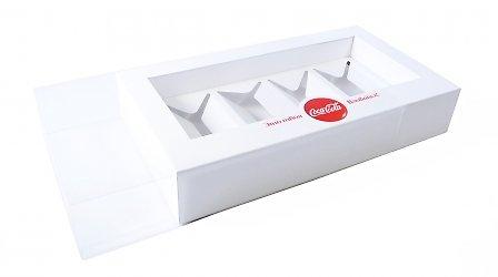 картонная коробка с ложементом в рукаве из прозрачного пластика