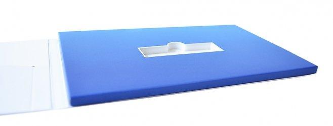 упаковка с изолоновым ложементом для флешки
