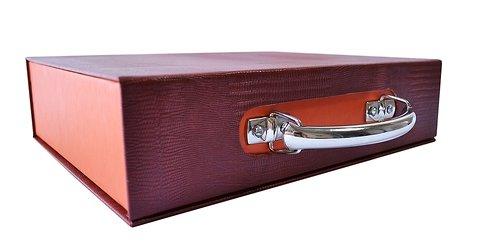 кашированная упаковка с клапаном на магните под заказ