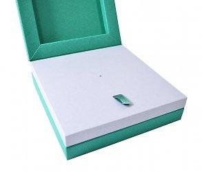 Изготовление дизайнерских коробок под заказ