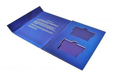 картонная упаковка для флешки и карты на заказ