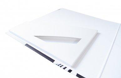 индивидуальная кашированная упаковка-папка для буклетов