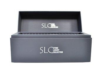 Дизайнерская кашированная упаковка с серебряным тиснением