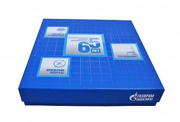 Кашированные коробки с флокированным ложементов для сувениров