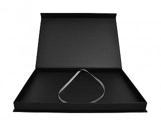Кашированная коробка, логотип размещён на крышке