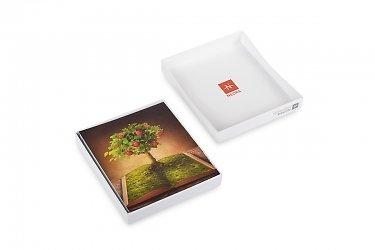 дизайнерская кашированная коробка с фигурной крышкой