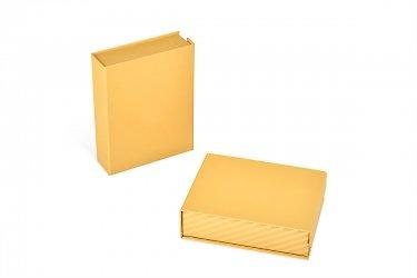 кашированная коробка для пластиковых карт
