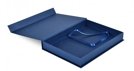 коробка с лентой - бизнес упаковка
