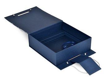 коробки чемоданы для сувениров на корпоративные праздники