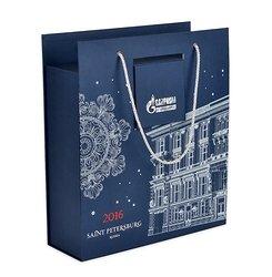 заказать коробки чемоданы с логотипом компании на новогодние праздники