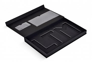 Подарочная коробка на магните для металических пластин в Москве – производство на заказ