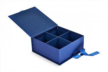 упаковка подарочная с лентами и картонным ложементом