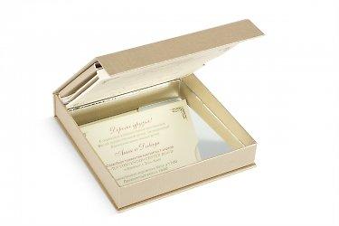 дизайнерская коробка с зеркальным эффектом