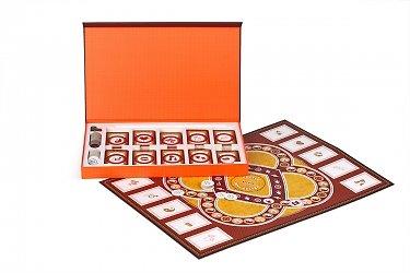 эксклюзивная упаковка для настольной игры с полем, фишками и костями