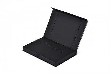 подарочная коробка для кредитной карты с тиснением