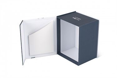 современная упаковка ля оборудования с картонным карманом