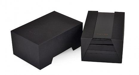 дизайнерская коробка для телефона