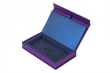 упаковка для пластиковой карты из черного картона