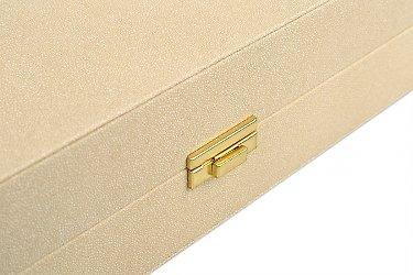 деревянная коробка с фурнитурой