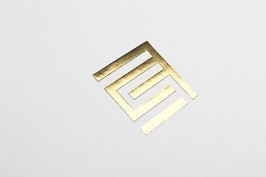 Изготовление подарочных коробок с золотым тиснением