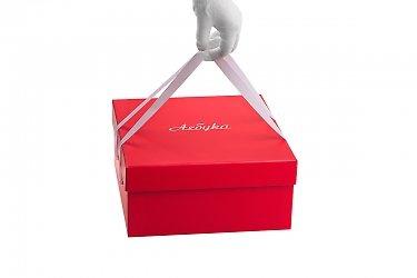 Коробка с ручкой из веревки