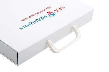 коробка на заказ с навесными ручками
