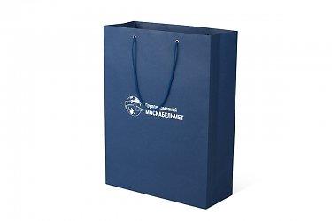 изготовление подарочной коробки - пакет с ручками