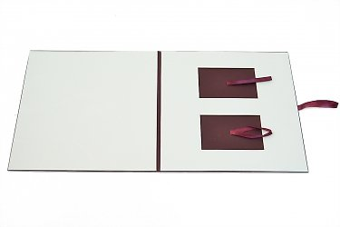 Креативная упаковка для двух пластиковых карт